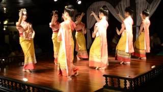 Thailand Fingernail Dance