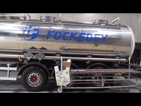 Download Youtube: Advertising lettering on truck