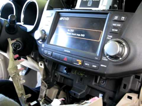 How To Remove Radio Navigation From 2007 Toyota High