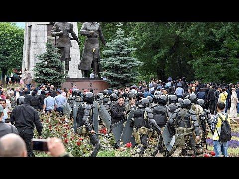 شاهد: كازاخستان تنتخب رئيسا على وقع الاحتجاجات وحظر المعارضة واعتقالات بـ'الجملة'…