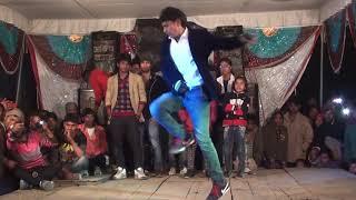 college ki ladkiyo.. dance competition fefna ballia 1&t wineer 8726158049