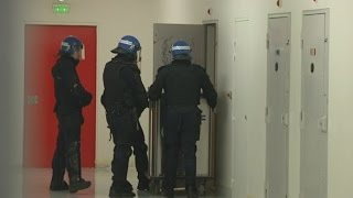 Prison de Condé-sur-Sarthe : la prison la plus sécurisée de France, visite avec Joaquim Puyeo