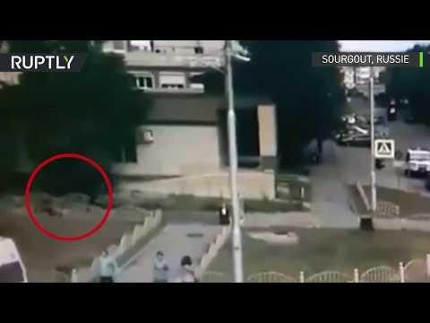 L'auteur de l'attaque au couteau tué par un policier à Sourgout, en Russie