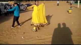 Girls ne kiya DJ pr dance