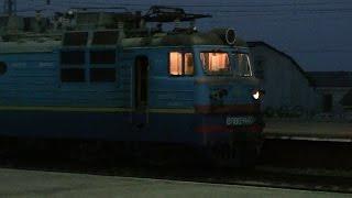 Смена локомотивов по станции Жмеринка