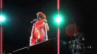 """""""Things That Made Me Change"""" Performance by Macy Gray + Wardrobe Change"""