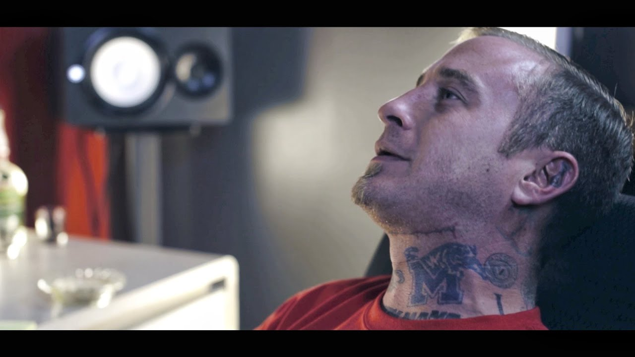 Lil Wyte - Plot Thickens [Prod  by tStoner] (OFFICIAL MUSIC VIDEO)