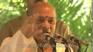 PV Narasimha Rao presents GK Reddy Award to Aroon Purie