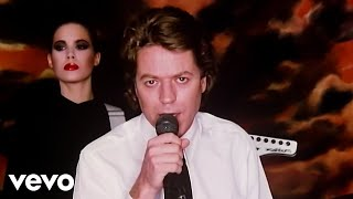 Video Addicted to love Robert Palmer
