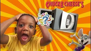 Chuck E Left A Mystery Box in Our Hotel Room!!
