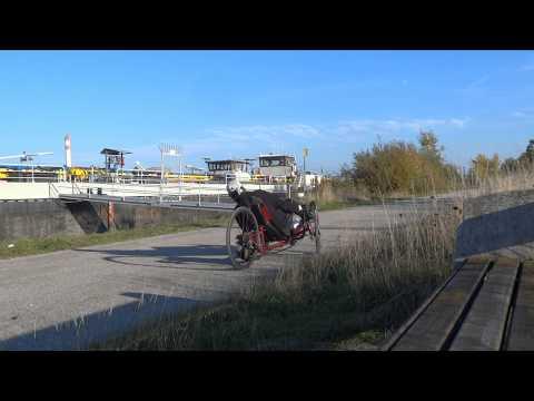 Streintrike Roadshark - Wendekreis - Untersteuern auf Schotter