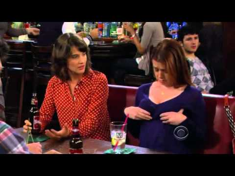 HIMYM - Robin sees Lily's boobies