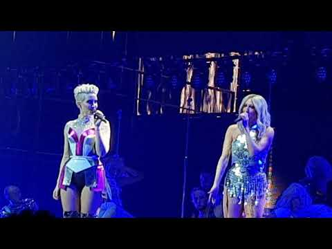 Steps - Dancing With A Broken Heart @Manchester Arena 02-12-2017