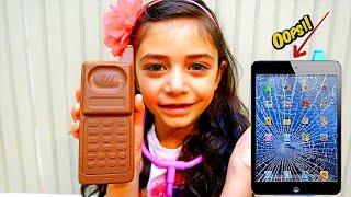 هديل تقوم بإصلاح هاتف هايدي المكسور الحلويات العاب Heidi و Zidane