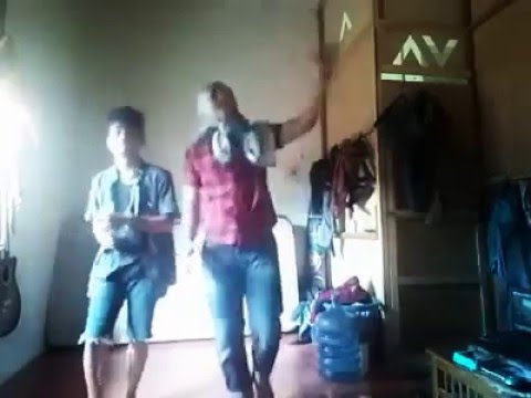 Bergek & Devi Gaseh Ka Leukang by Gafur Jeumpa