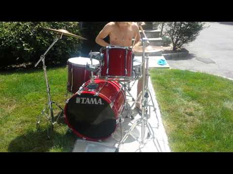 Tama Rockstar Drum Set complete with hardware, cymbals, and throne!!!