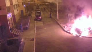 Pyromanes BMW X6 voiture en feu. Astrakhan, en Russie
