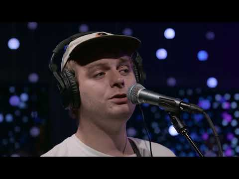 Download Mp3 lagu Mac DeMarco - This Old Dog (Live on KEXP)