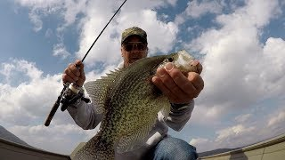 Pre-Spawn Crappie Fishing With The Ultimate Crappie Jig Head!