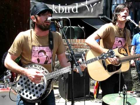 The Avett Brothers Live NEW Song:  Laundry Room