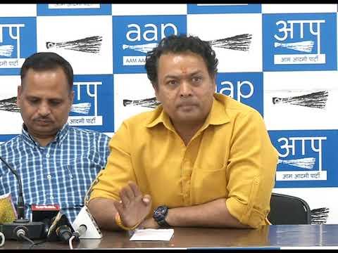 Aap Senior Leader Nitin Tyagi Briefs Media on CBSE Paper Leak