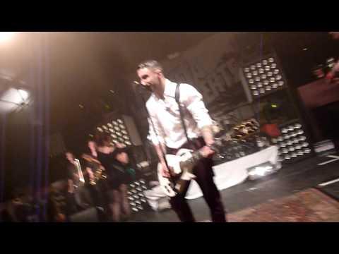 Broilers - Reisefieber (Die Toten Hosen Cover) live in Heidelberg 15.04.2012