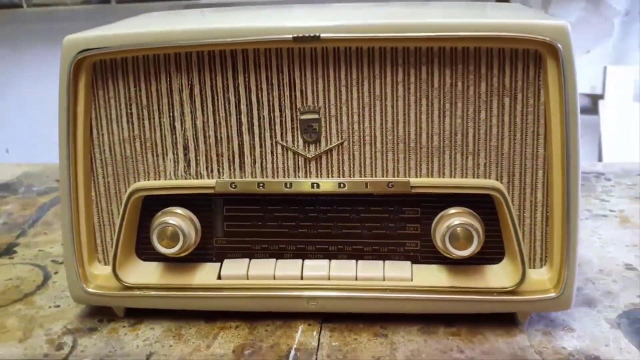שיפוץ רדיו מבקליט של חברת גרונדיק