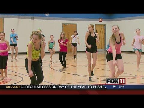 Flashdance the Musical cast teaches master class