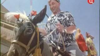 Грузчики-Белый рояль(На сайте http://pesnifilm.ru/ песни из отечественных кинофильмов и мультфильмов., 2010-07-27T23:06:00.000Z)