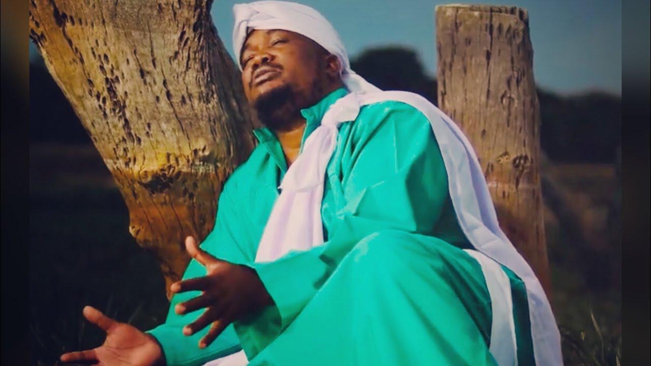 Download MAMBO DHUTERERE - NDINZWEI MAMBO  (OFFICIAL VIDEO)