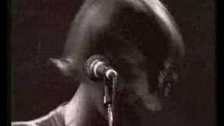 Paul Weller plays