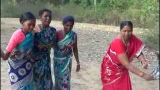 Old Rural Indian  Women singing Paeans of Tunduree - Curry in a Hurry ( Funny )