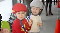 Детская каталка беговел Chillafish Quadie для малышей от 1 года .