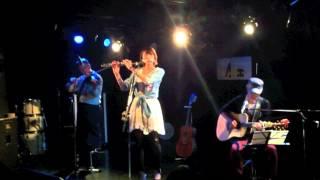 2012.5.1に池袋Admで行われた松本佳奈のライブの様子です。 曲は「IN ST...
