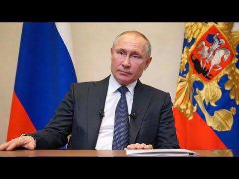 Путин: Каникулы с сохранением зарплаты продлены до 30 апреля
