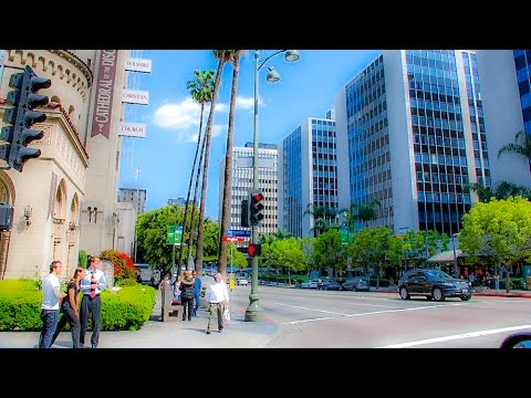 A Walk Around the Intersection of Normandie & Wilshire, Los Angeles
