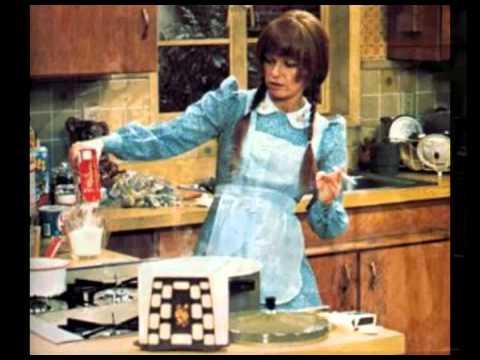 The Deadly Nightshade  Mary Hartman, Mary Hartman theme 1976