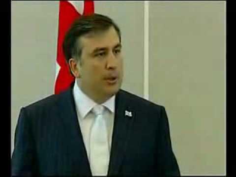 Саакашвили ясно по-русски обьяснил карлику путину !!!
