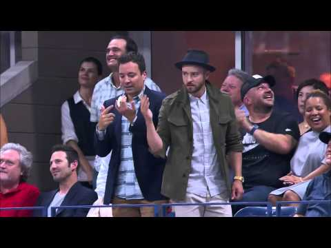 The reaction of federer when he has seen Fallon and Timberlake dancing on the stadium