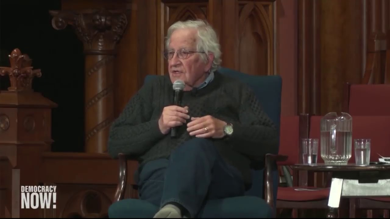 Chomsky : L'arrestation de Julian Assange est scandaleuse (ST.FR / Democracy Now!)