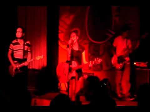 Acel Van Ommen | Moonstar88 | 70's Bistro | June 12, 2012