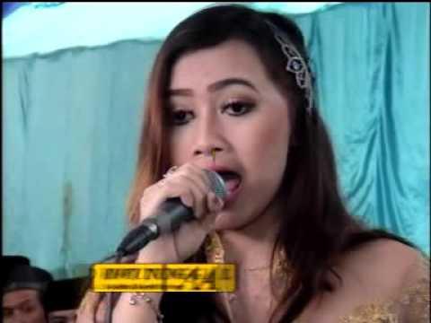 Tembang Kangen Cs Zelinda Live Dawung
