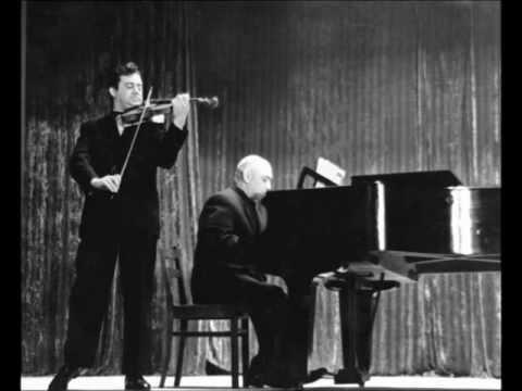 """Alexander Labko plays P.Tchaikovsky """"melody"""" from """"souvenir d´un lieu cher"""" live"""