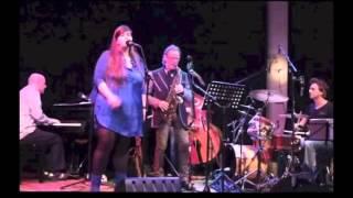 John Helliwell is sinds 1973 vooral bekend als saxofonist en frontm...