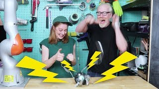 Playing electric shock games with Adam Savage by : Simone Giertz