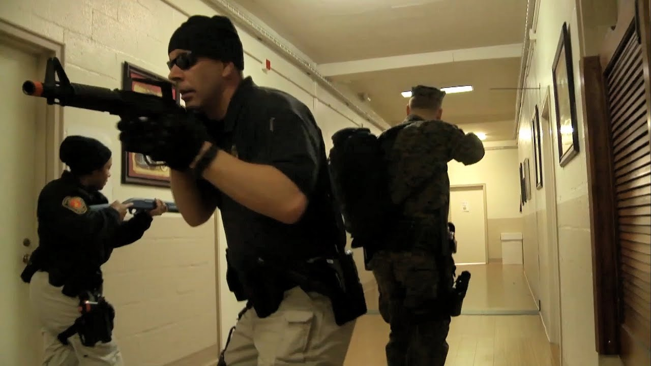 active shooter exercise at mcb quantico youtube. Black Bedroom Furniture Sets. Home Design Ideas