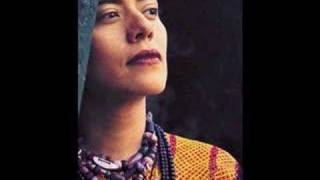 Lila Downs - Perhaps Perhaps Perhaps