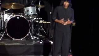 Joan Armatrading The Weakness In Me.wmv