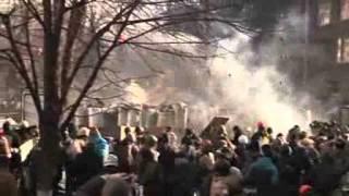 Десятки Человек Пострадали В Столкновениях В Киеве