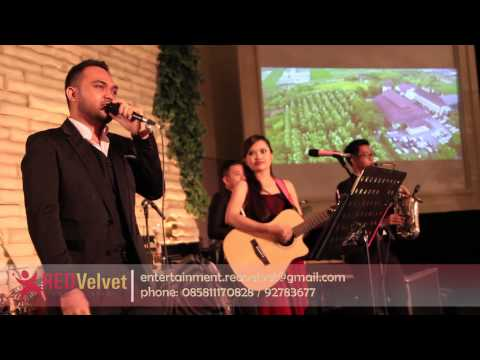 Michael Buble - Save The Last Dance For Me (Cover by Red Velvet entertainment) Live at Swiss Bell